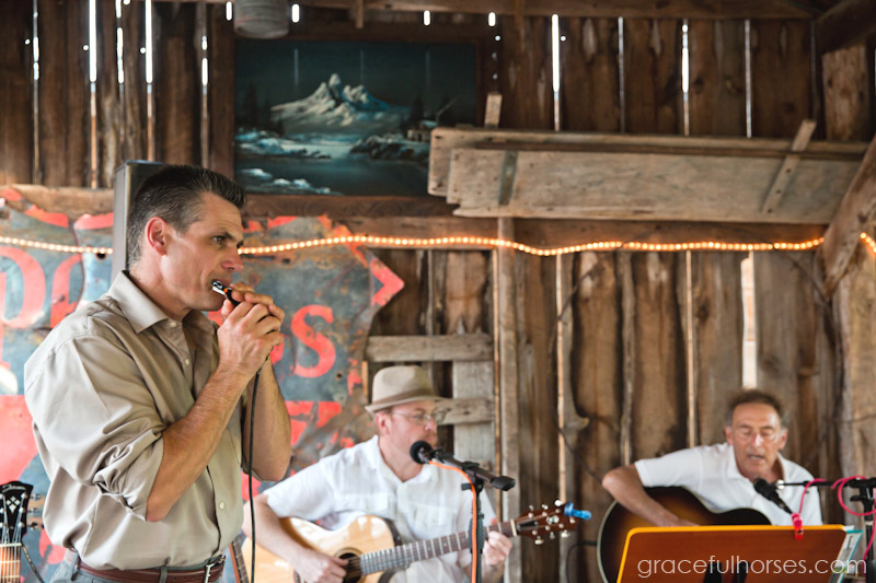 Live band at Pine Brook Farm