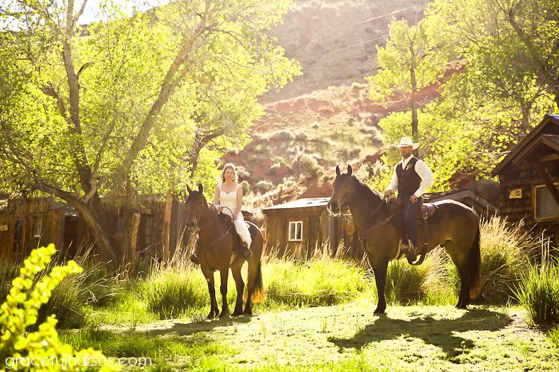 Ranch wedding photographer Wyoming