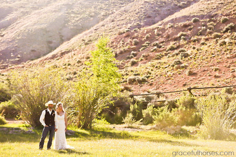 Wedding couple at the Lazy L&B Ranch
